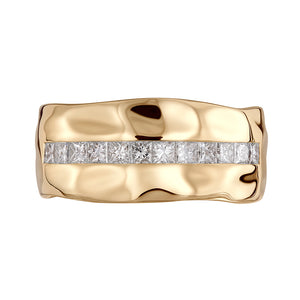 D Flawless Diamond Men's Ring set in 18K Yellow Gold
