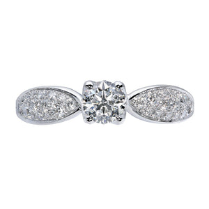 D Flawless Diamond Solitaire Ring set in Platinum