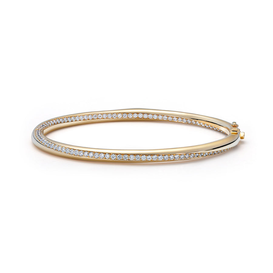 D Flawless Diamond Bangle set in 18K Yellow Gold