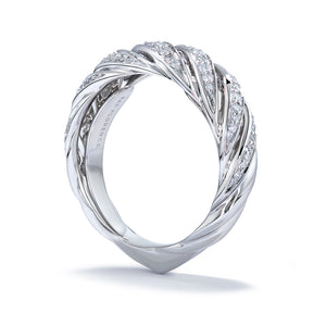 D Flawless Diamond Ring set in 18K White Gold