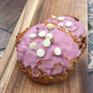 Raspberry White Chocolate Sconie (Mini-Scone)