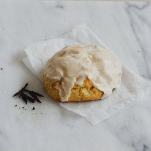 Vanilla Bean Sconie (Mini-Scone)