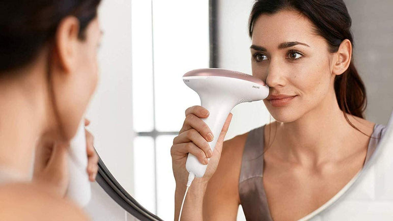 Philips Lumea BRI922 IPL Hair Removal Device for Body & Face and Mini Facial Cleansing Brush