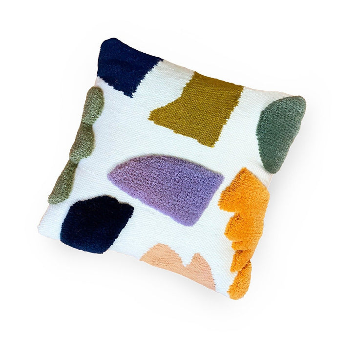 STUDIO PROBA ARRANGEMENT PILLOW 01
