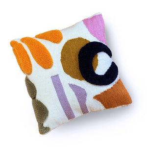 STUDIO PROBA ARRANGEMENT PILLOW 04