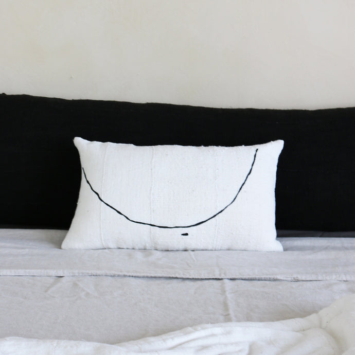 TETA Pillow Noir by Küdd:Krig