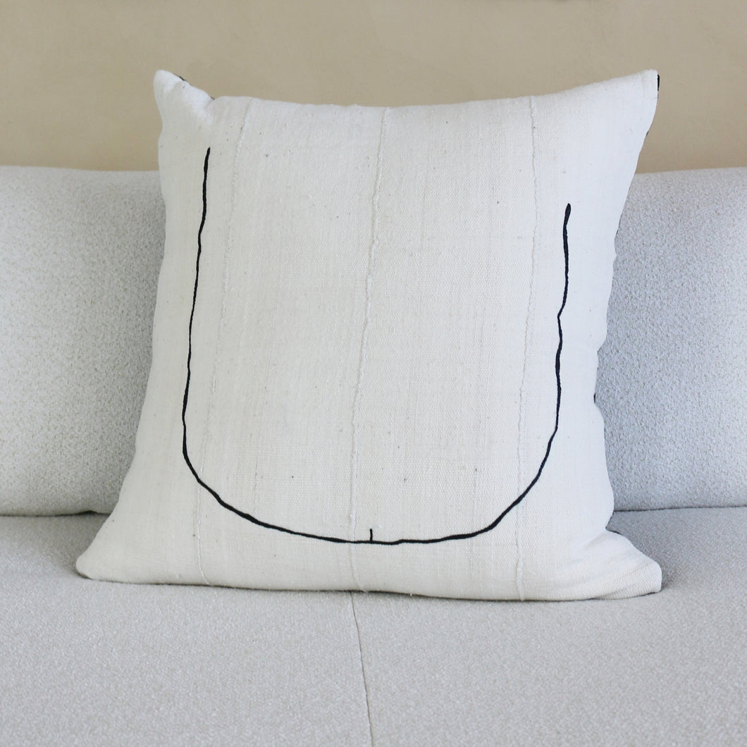 TOOKUS Pillow Noir by Küdd:Krig