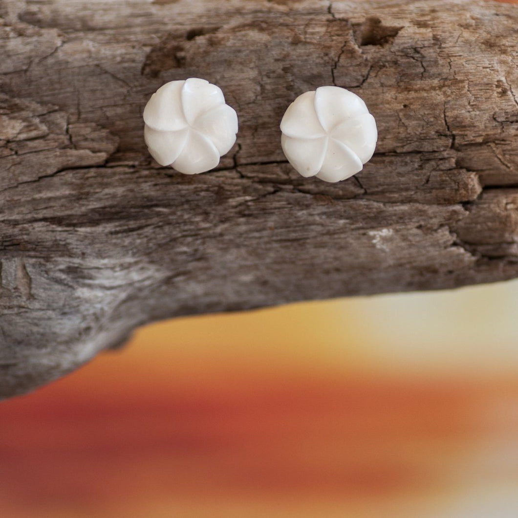 Plumeria Flower Studs Earring Bali Necklaces
