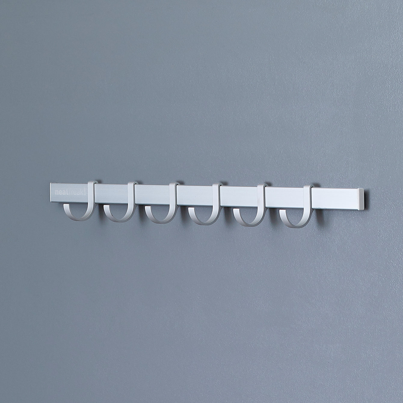 "Neat-trax™ System Wall-Mounted 20.5"" Aluminum Track with 6 U-Hooks – Style 1031"