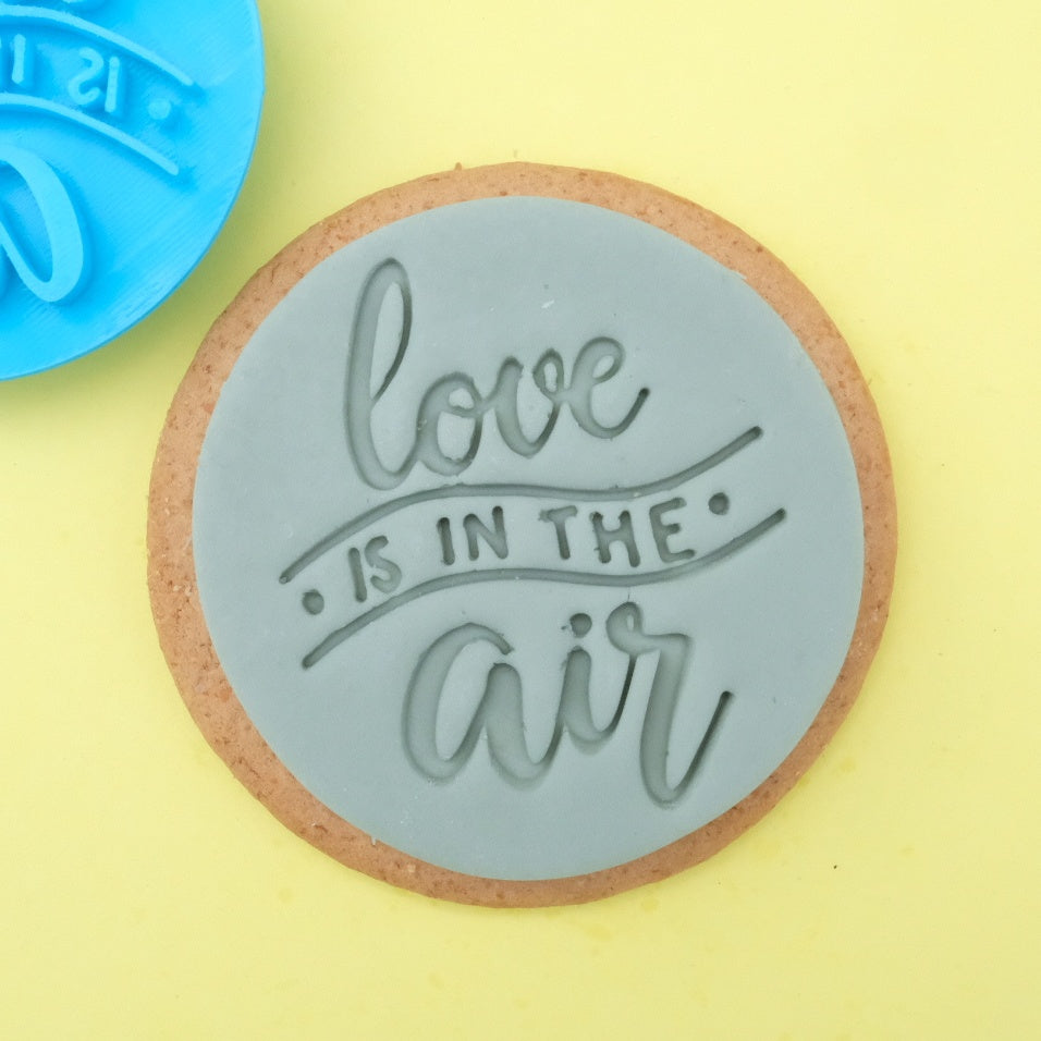 Love is in the air - Cookie/Cupcake Embosser