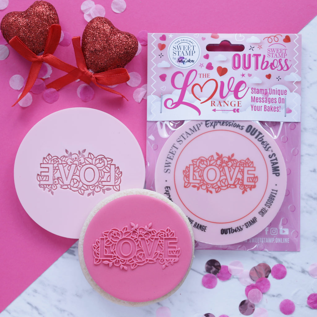 OUTboss Love - Floral LOVE