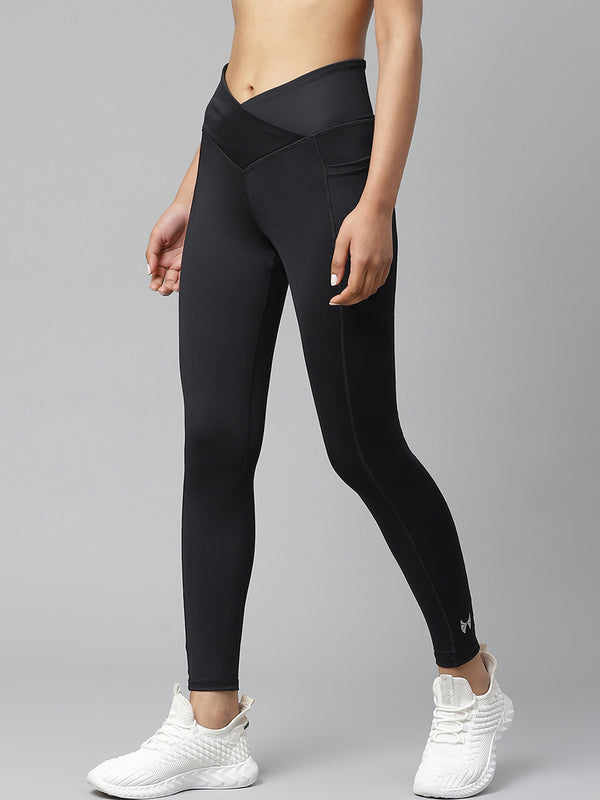 Skyria Angled Waist Leggings - Black