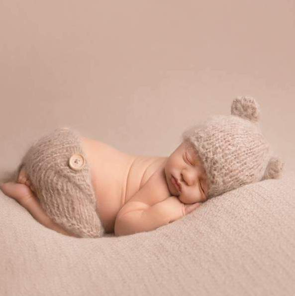 Bear beanie and baby short pants set. Fluffy Alpaca yarn. Newborn -9 months. 14 colours
