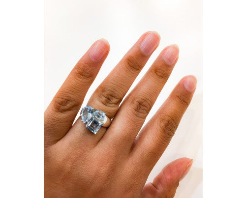 BLUE TOPAZ RING IN 925 STERLING SILVER - Taula Pte Ltd