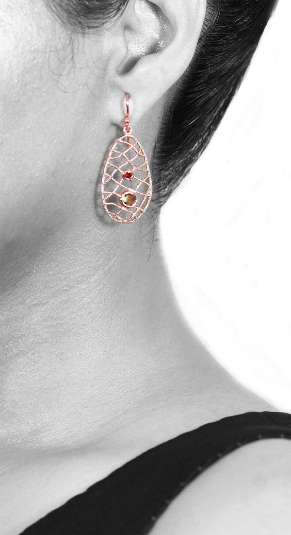 GARNET & SMOKY QUARTZ MESH EARRINGS IN 925 STERLING SILVER