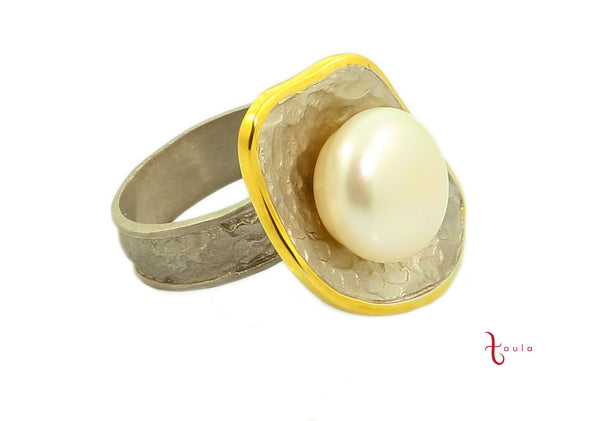 GLAMOR PEARL RING IN 925 STERLING SILVER - Taula Pte Ltd
