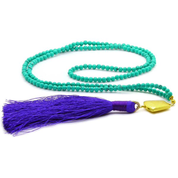 GREEN TURQUOISE BEADS TASSEL NECKLACE ON BLUE TASSEL