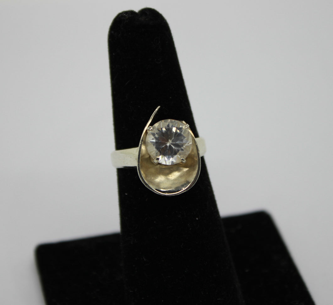 Sterling Silver 925 Ring w/ Cubic Zirconia - Size 6, 4.8 grams