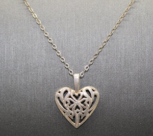 Lucky Irish Four Leaf Clover in a Heart Necklace Pendant, Sterling Silver 925