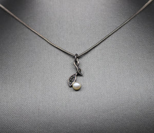 "Sterling Silver 925 Cable Necklace w/ Pearl & Marcasite Pendant - 19"", 5.7 grams"