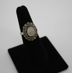 Sterling Silver (925) Ring w/ Mother of Pearl - Size 6, 5 grams - Thailand
