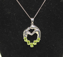 "Load image into Gallery viewer, Mother Her Baby/Child Necklace, Sterling Silver 925 w/ Synt. Peridot - 16"", 6.4g"