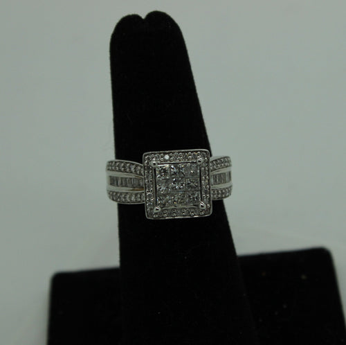 10K White Gold Ring, 9 Princess Cut Diamonds (2mm), 22 Round Cut Diamonds