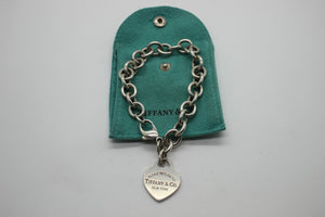 PLEASE RETURN TO TIFFANY & CO NY VINTAGE HEART CHARM ROLLO BRACELET