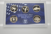 Load image into Gallery viewer, 50 State Quarters, U.S. Mint - 1999 & 2000 - Box and COA