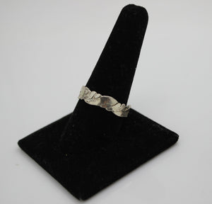 Sterling Silver Ring - Size 10 - 2.7 grams