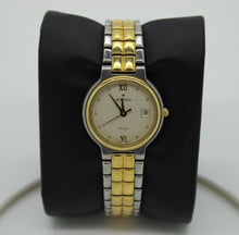 Load image into Gallery viewer, Movado Palio Women's Wrist Watch - 81.94.826H - 14K Gold Plated, Quartz Battery
