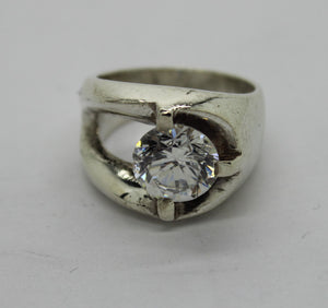 Sterling Silver 925 Ring w/ Cubic Zirconia - Size 5.75, 10.4 grams