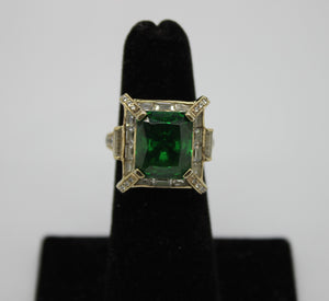 Sterling Silver 925 Ring w/ Synt. Emerald & Cubic Zirconia, Size 4.75, 8.4 grams