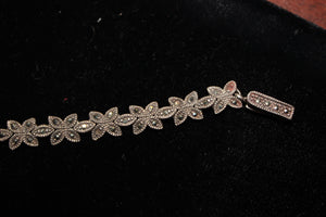 Sterling Silver 925 Bracelet with Marcasite Stone - 13 grams, 7 Inches