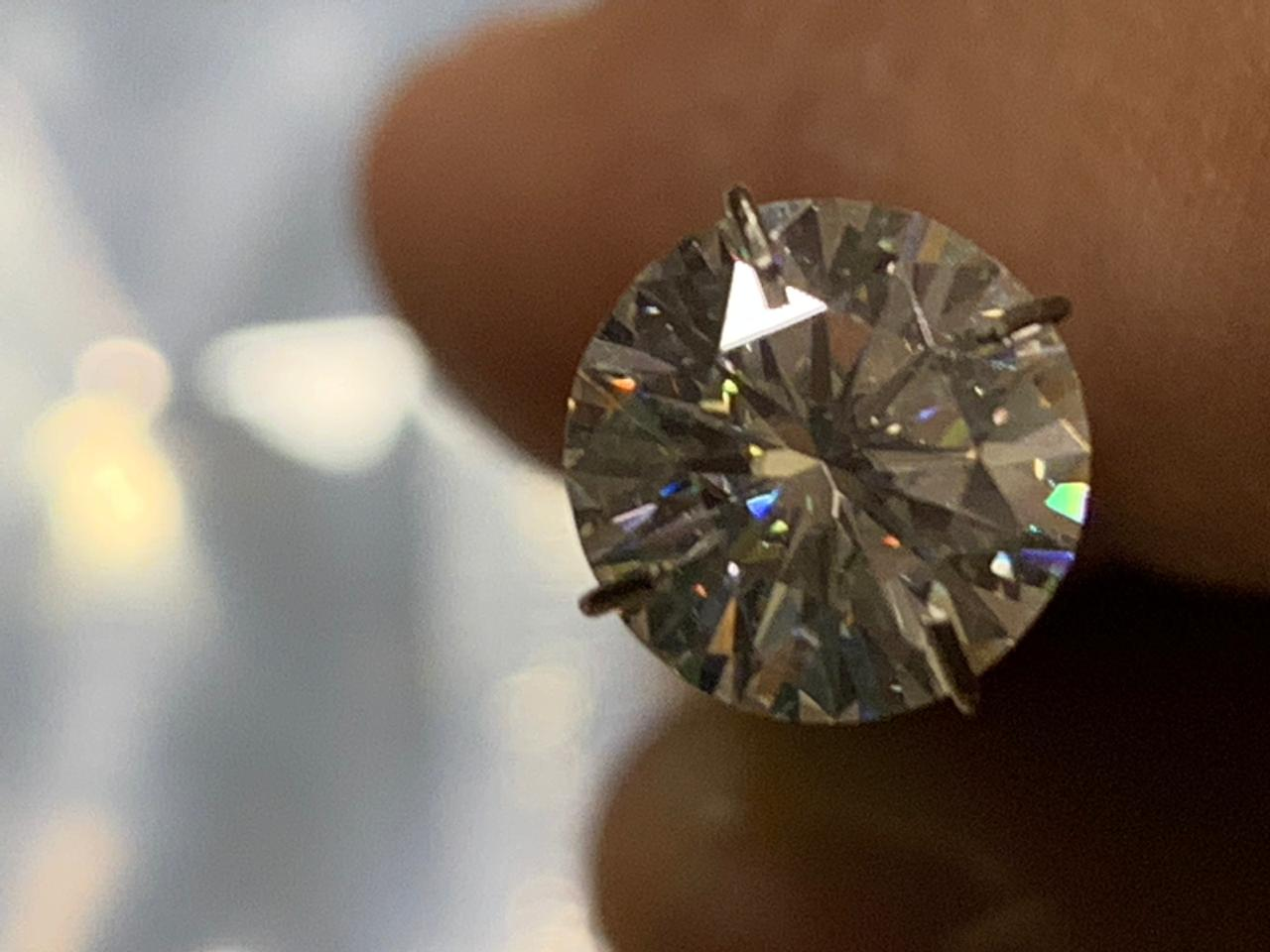 Lab Grown Moissanite 2 CT