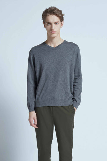 harlan + holden v-neck sweater dash dark grey