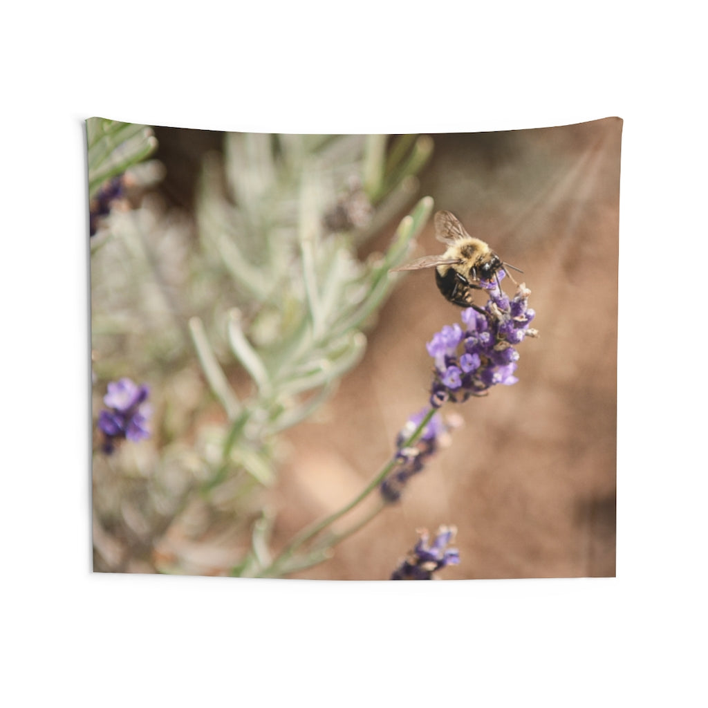 Indoor Wall Tapestries: Busy Bee
