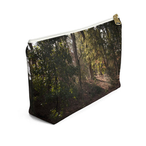 Accessory Pouch w T-bottom: Swan in Lake