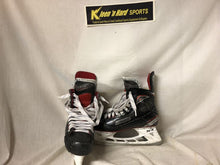 Used Bauer Vapor X600 Size 4 Ice Hockey Skates