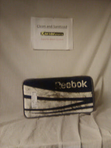 Used Reebok 14K Size Sr Reg (Rt Hand) Ice Hockey Goalie Blocker