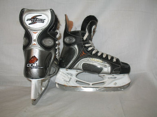 Used Easton Synergy 1500 Size 3 R Ice Hockey Skates