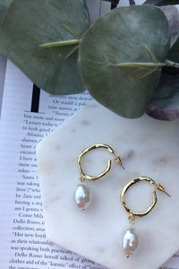 Evie Gold Hoop Earrings