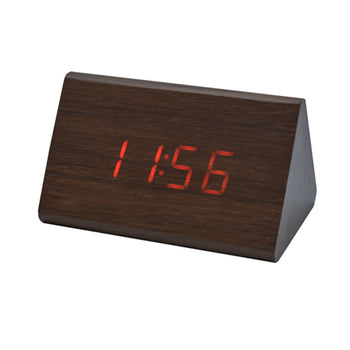 Reloj Digital de Madera Triangular - Xoppal.com