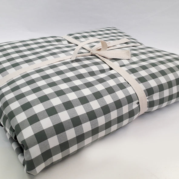 BLANKET SET POLYESTER 200 X 220CM HUNTERS CHECK