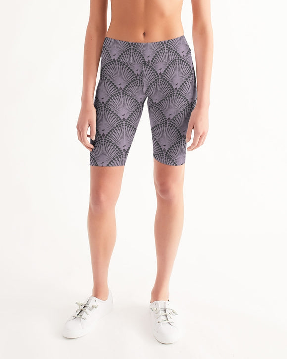 Bicycle / Yoga Short in Deco Dot