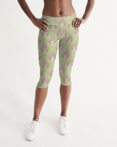 Yoga Capri in Deco Dot BLUSH