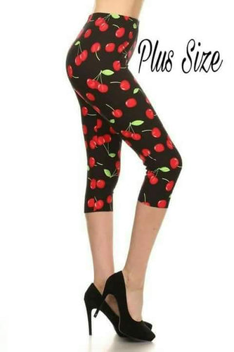 Plus Size Cherry Print Capris