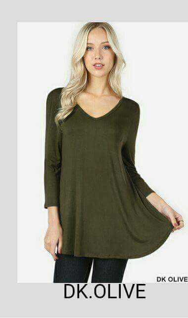 3/4 Sleeve Flowy Top w/pockets - tops