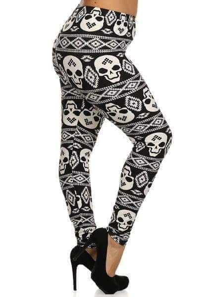 Plus Size Black & White Aztec Skulls