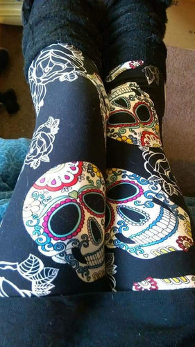 Plus Size Enlarged Sugarskulls w/White Roses